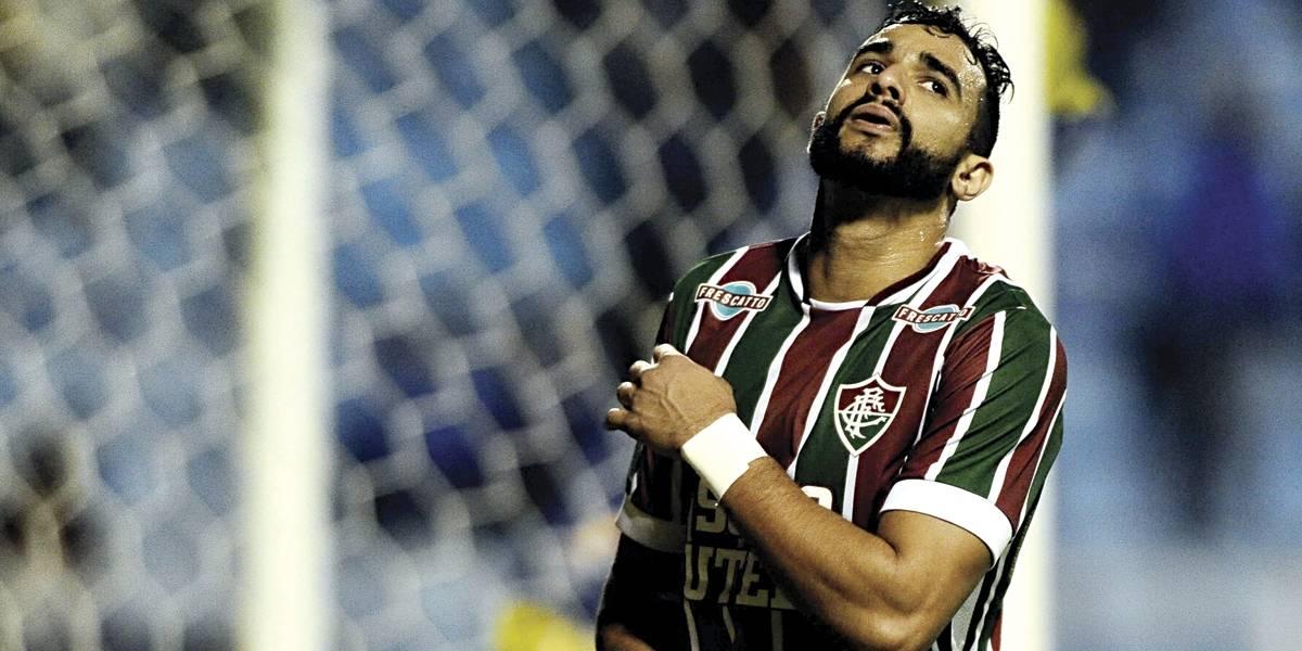 Presidente do Corinthians diz ter desistido de contratar Henrique Dourado