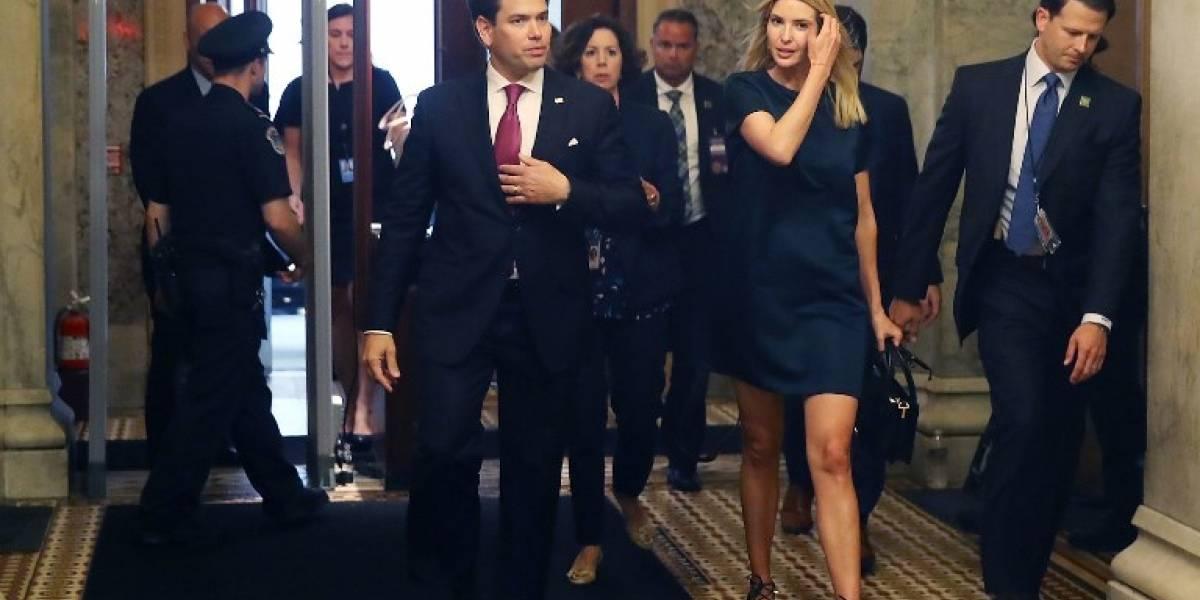 FOTOS. El incómodo abrazo entre Ivanka Trump y Marco Rubio se hace viral