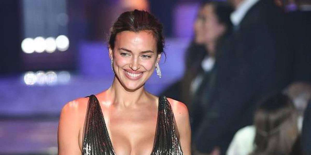 El topless de Irina Shayk que sigue encendiendo las redes