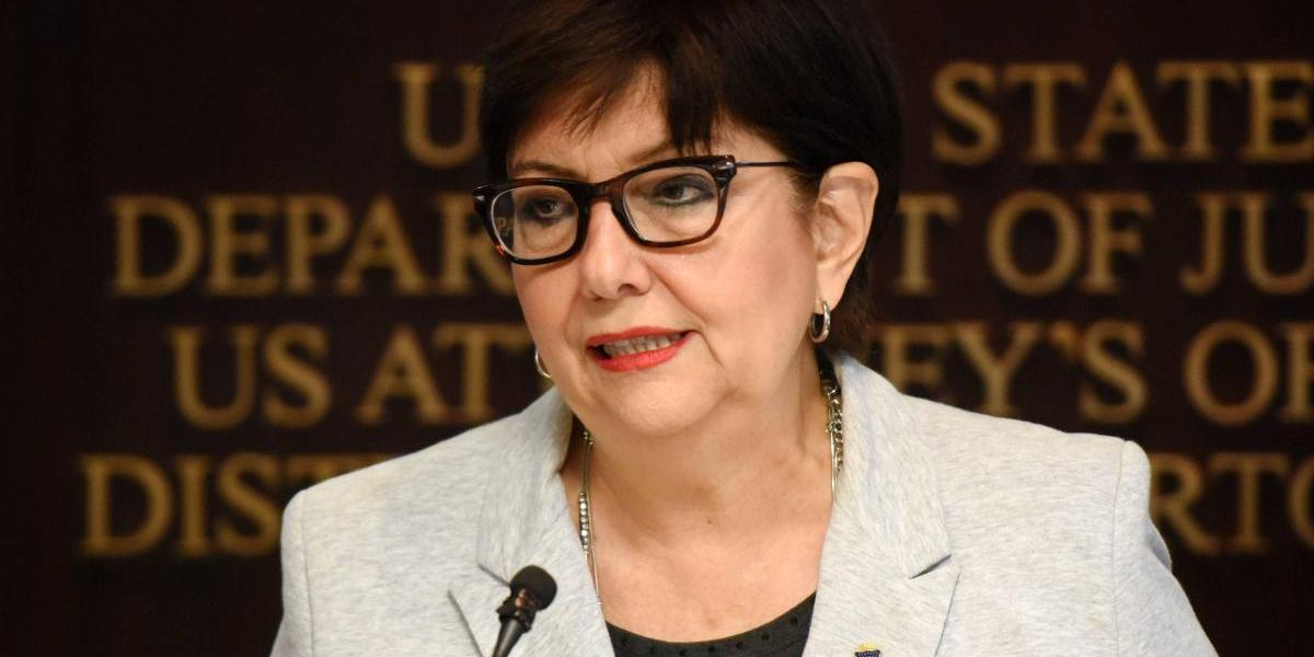 Federales sentencian abogado por ocultar acusado