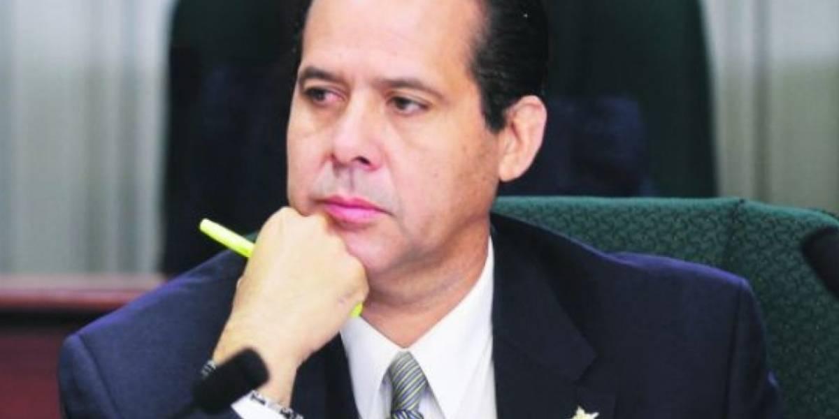 Vuelve a la carga George Navarro contra Yulín