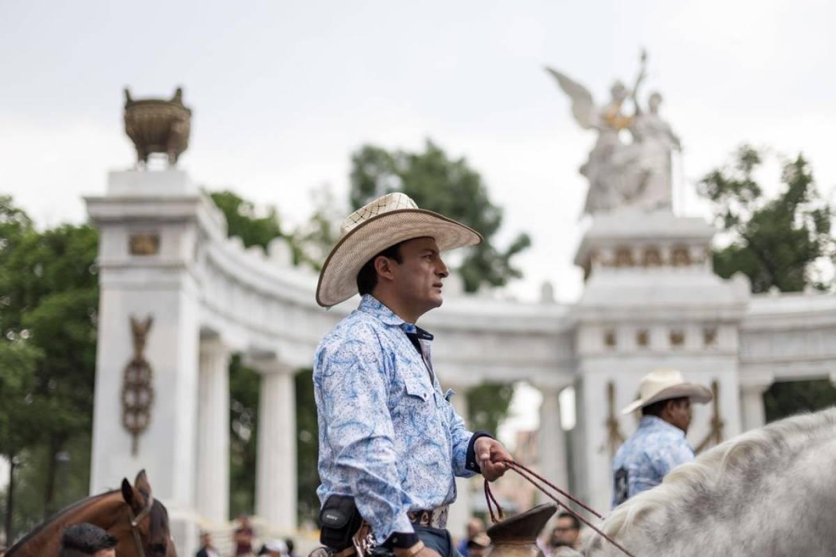 Vaqueros: Masculinos y en su caballo, estos integrantes de la comunidad se distinguen por su sombrero Foto: VICE