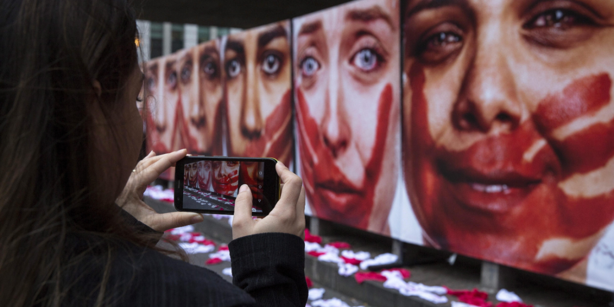Violaron y desfiguraron a mujer colombiana en Barcelona