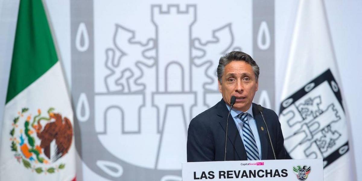Ex mundialista Manuel Negrete, inconforme con rotaciones de Juan Carlos Osorio