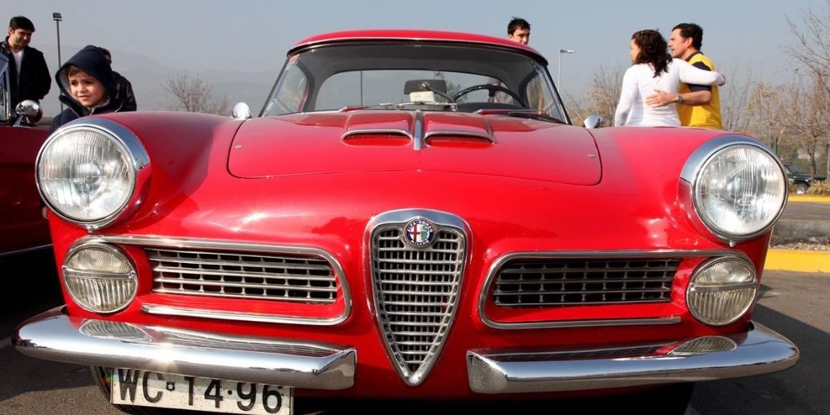 En Piedra Roja se juntan los mejores autos antiguos