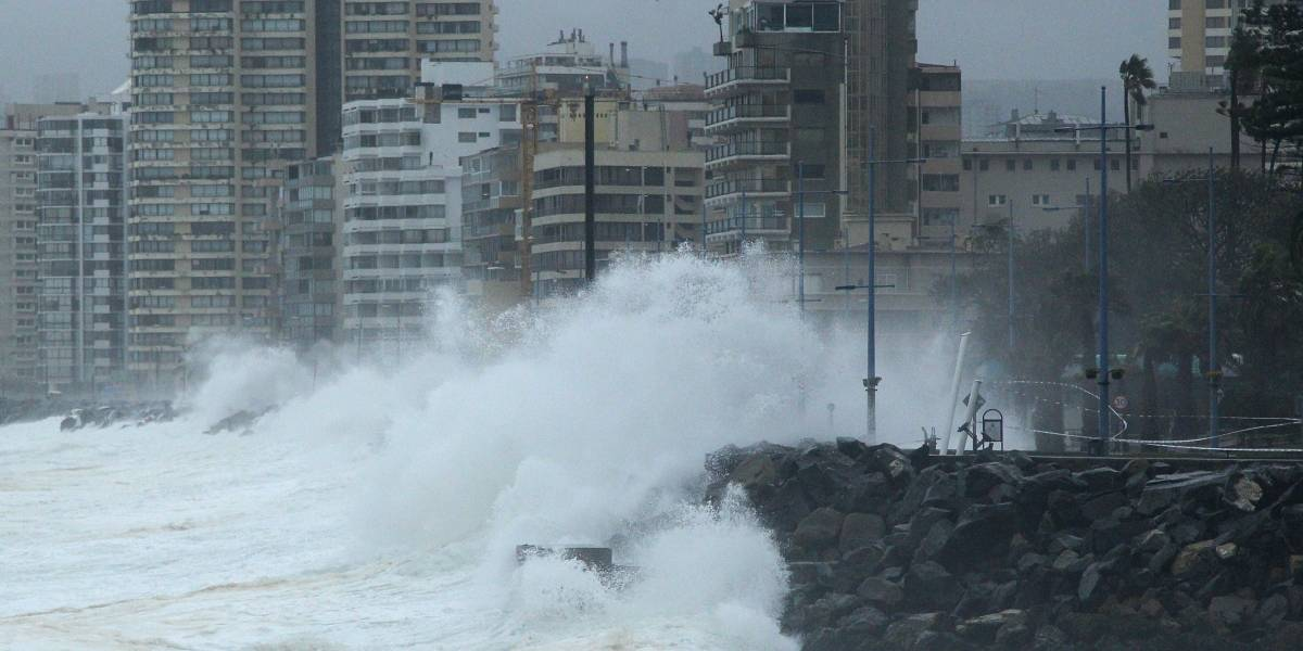 Sistema frontal traerá fuertes vientos y marejadas este fin de semana