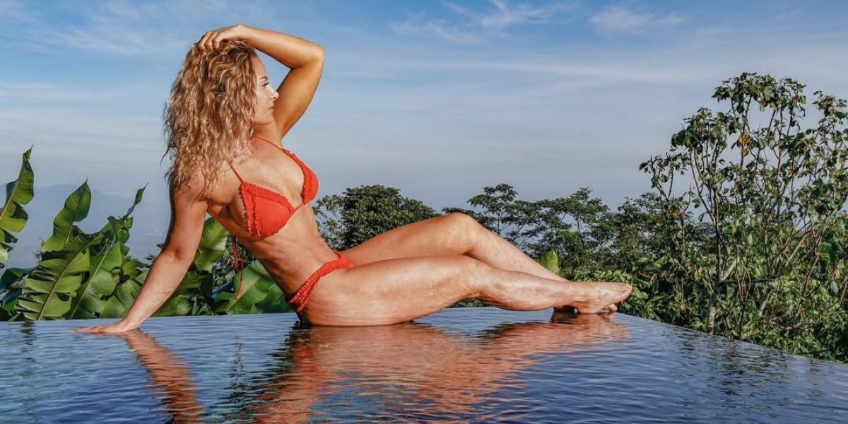¡Insólito! Famosa reina de fitness muere por explosión de una lata