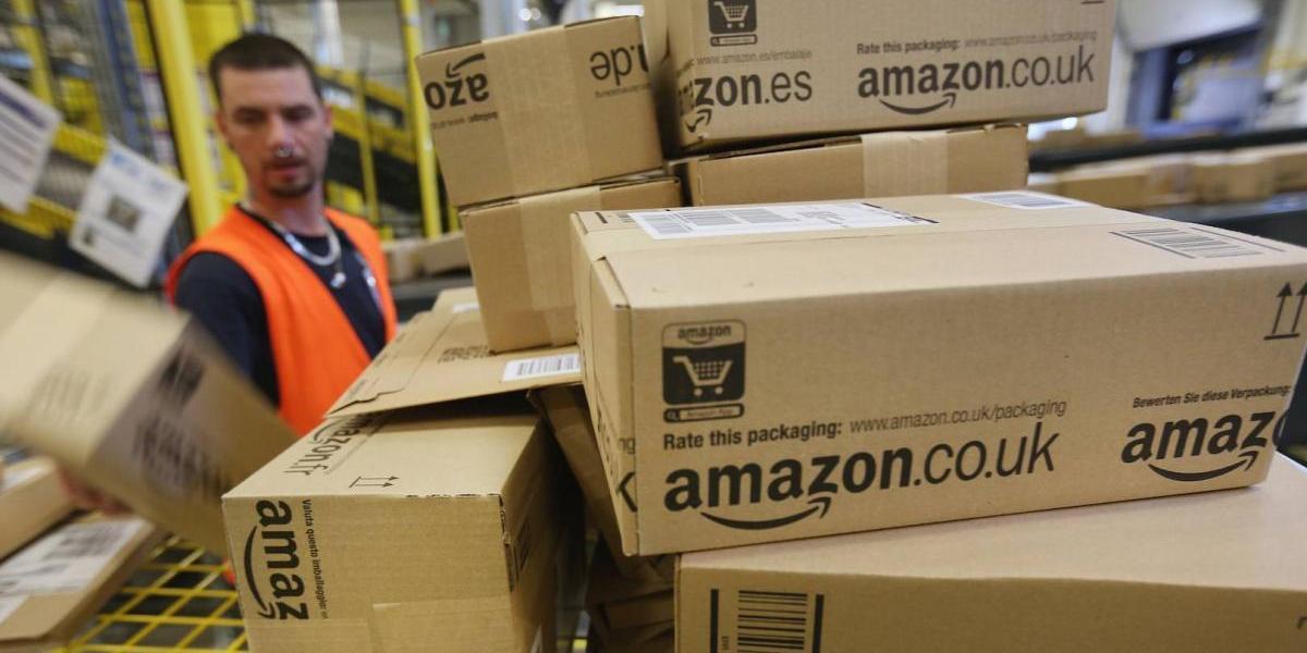 Amazon permitirá que los usuarios premium se prueben ropa gratis