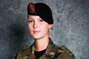 Las mujeres en el Ejército: ejemplo de valor y compromiso con la patria
