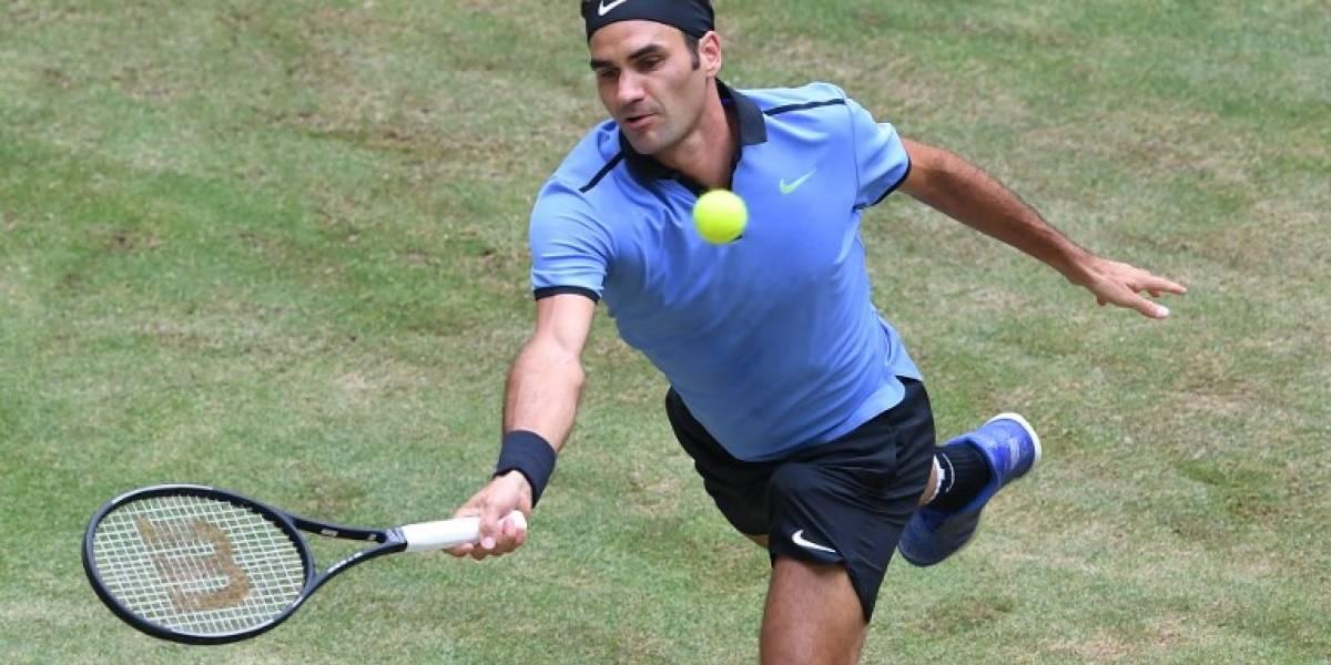 Federer accede a semifinales en Halle y enfrentará al verdugo de Jarry en Roland Garros