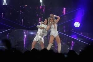 Gloria Trevi y Alejandra Guzmán triunfan con explosivo concierto