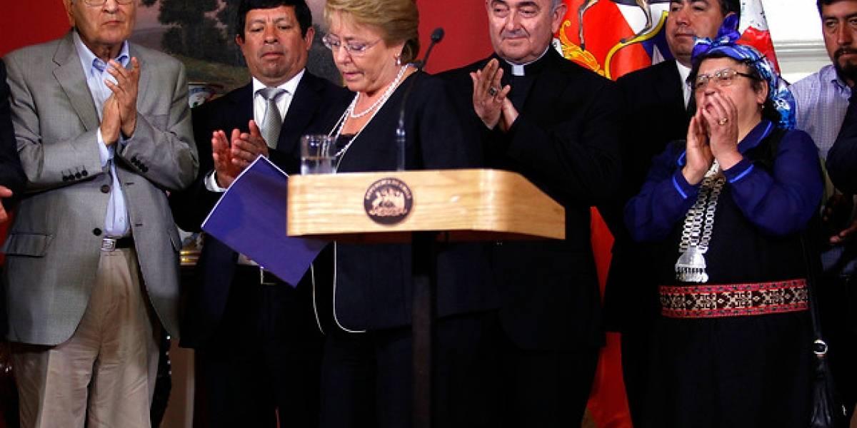 Bachelet presenta Plan Araucanía con reconocimiento constitucional a mapuche