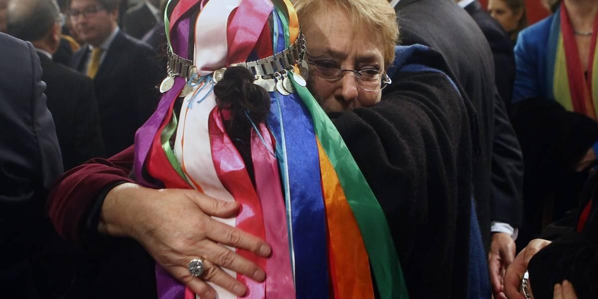 """Presidenta Bachelet pide perdón al pueblo mapuche por """"errores y horrores"""" cometidos por el Estado"""