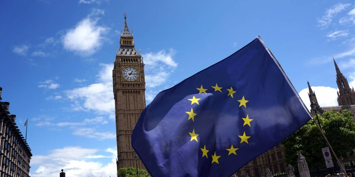 Prevalece la incertidumbre en Reino Unido a un año del triunfo del