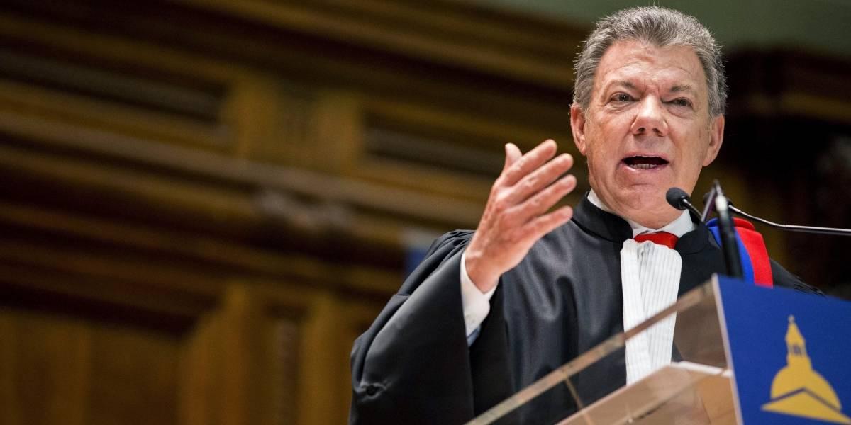 Santos dice que licitación del metro de Bogotá se abrirá en noviembre