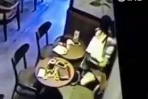 ¡Buen provecho! Pareja tiene sexo en restaurante