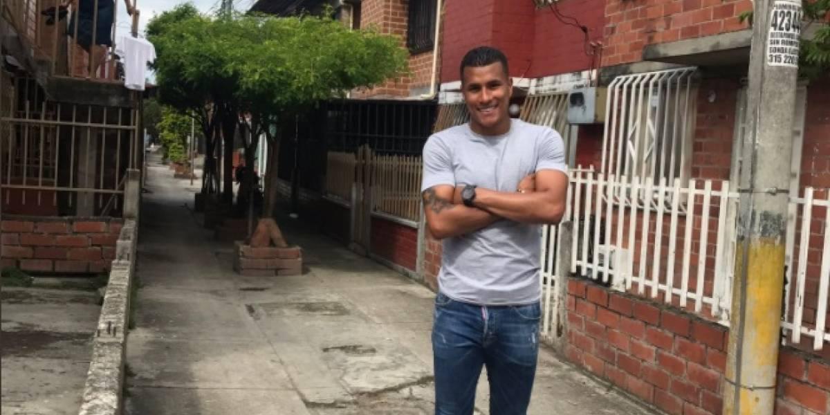 Jugador Jeison Murillo visitó en Cali el humilde barrio que lo vio nacer