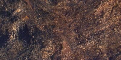 Impresionante fotografía muestra a Curiosity escalando en Marte
