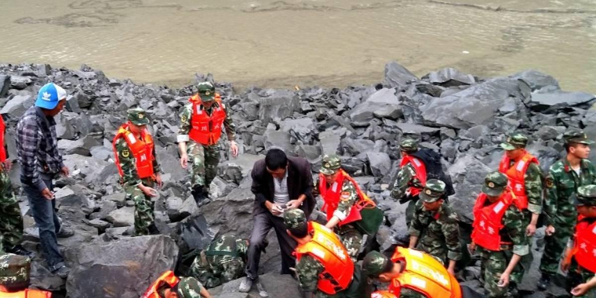 La cifra aumenta a 15 muertos y más de 100 desaparecidos tras alud en China