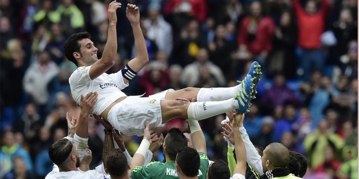 Arbeloa anuncia su retirada y figuras del Madrid lo despiden