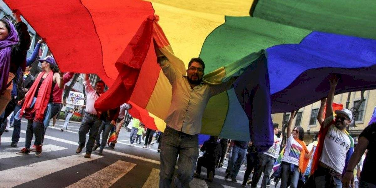 Regresan al Senado dictamen de seguridad social a matrimonios LGBT+