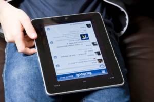 Facebook habilitó botón para mostrar más videos