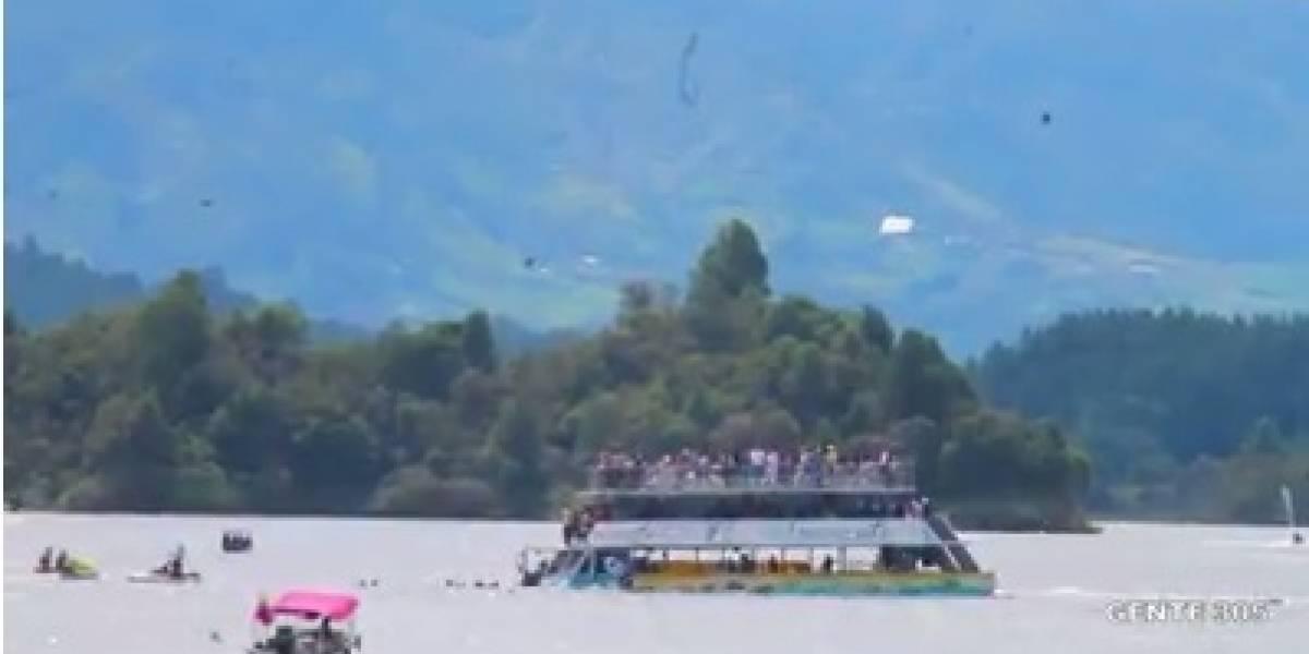 Un barco con más de 150 pasajeros se hundió en la represa de Guatapé