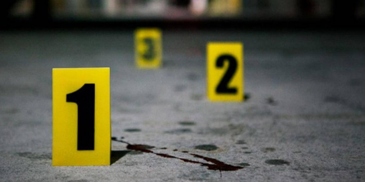 Mueren tres personas en riña por parqueo