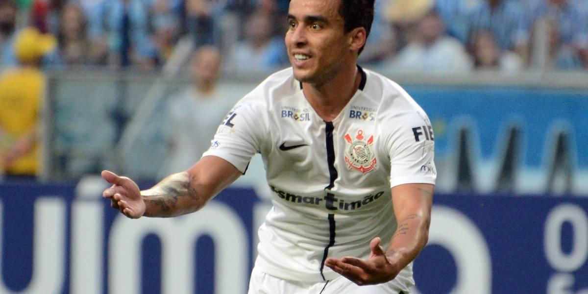 Jadson lança 'sertanejo sofrência' em comemoração ao título do Corinthians