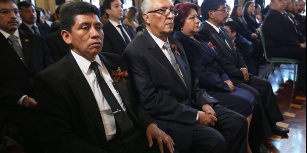 Reconocen trabajo de ocho maestros con la orden nacional Francisco Marroquín