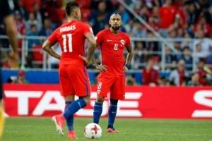 Chile sufrió de más ante Australia y con un pobre empate pasó a semifinales de la Confederaciones