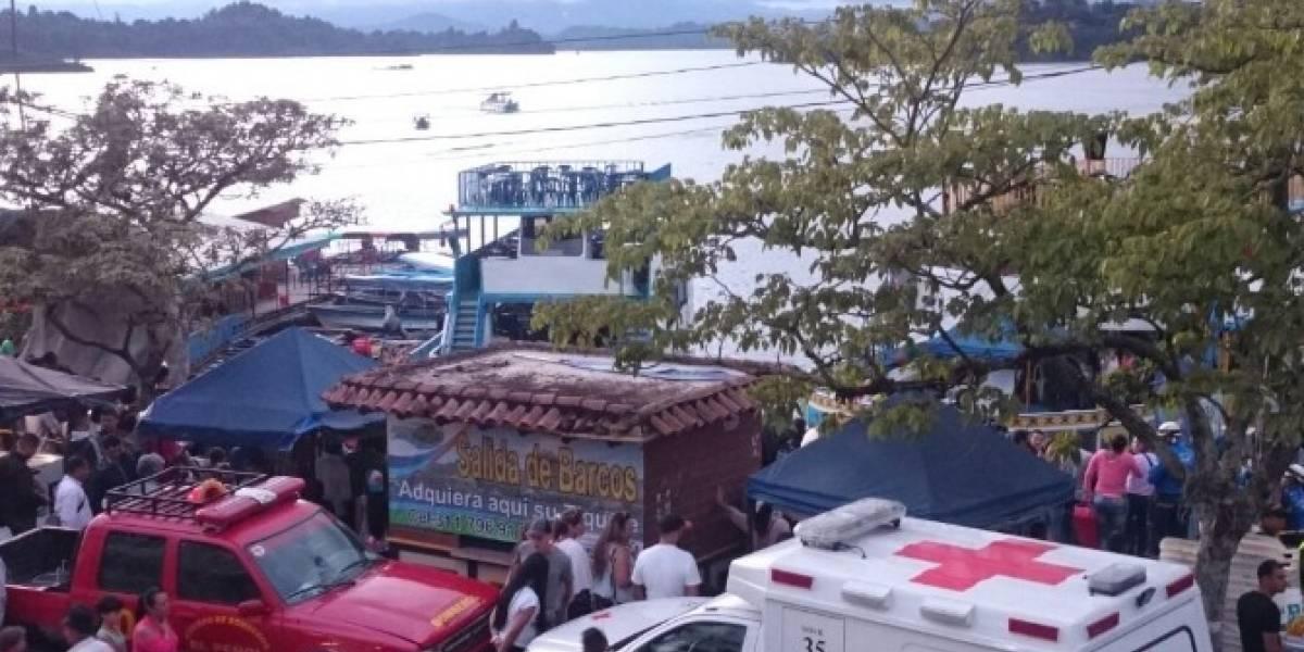 Confirman nueve personas muertas tras hundimiento del barco turístico en Guatapé