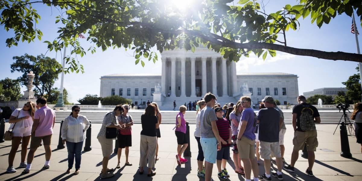 Tribunal Supremo de EU permite entrada en vigor de algunas partes del veto de Trump