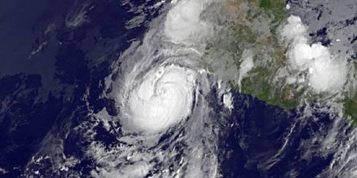 Huracán Dora se forma en el Pacífico