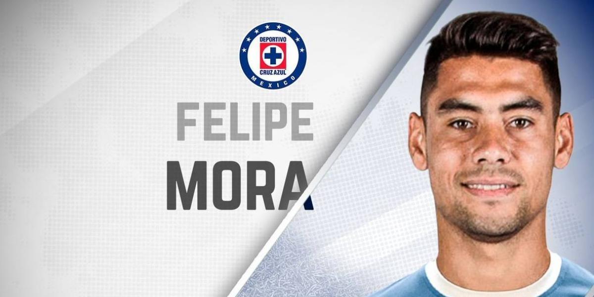 Cruz Azul hace oficial el fichaje de Felipe Mora