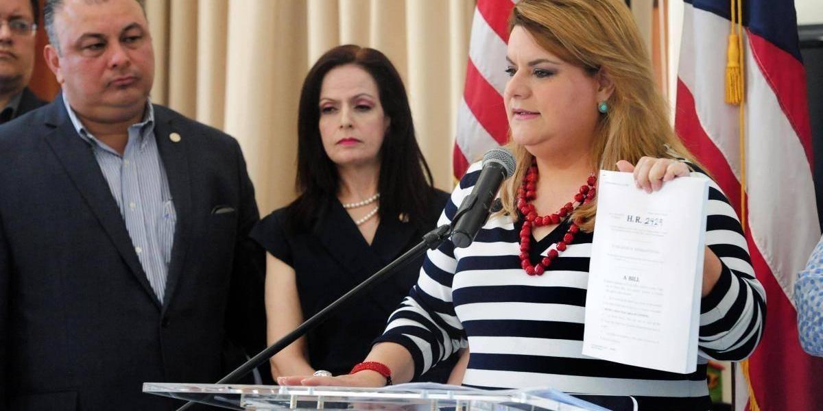 Jenniffer González anuncia 7 millones de dólares para manejo de emergencias de salud pública