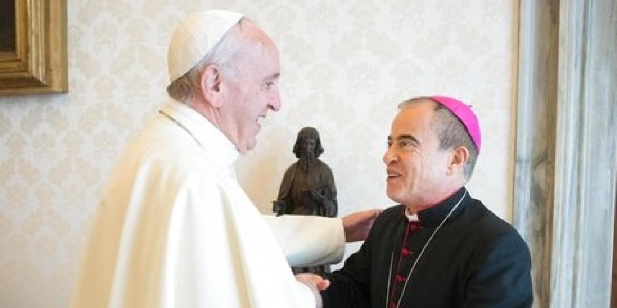 """El Papa advierte que los cristianos """"no consultan el horóscopo"""""""