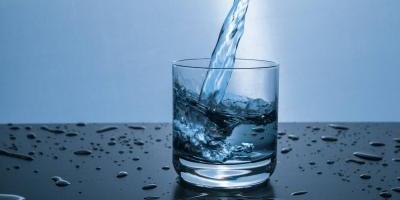 Crear agua a partir del aire es posible y el proyecto ya está salvando vidas en el mundo