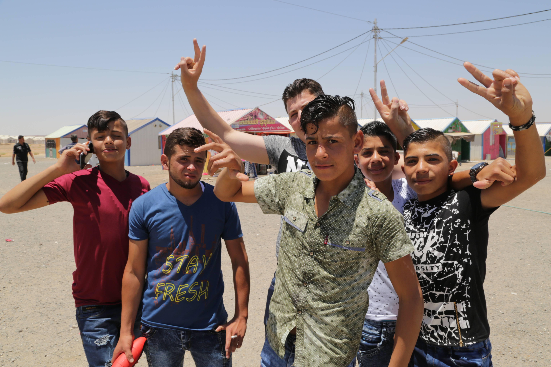 Jóvenes sirios.