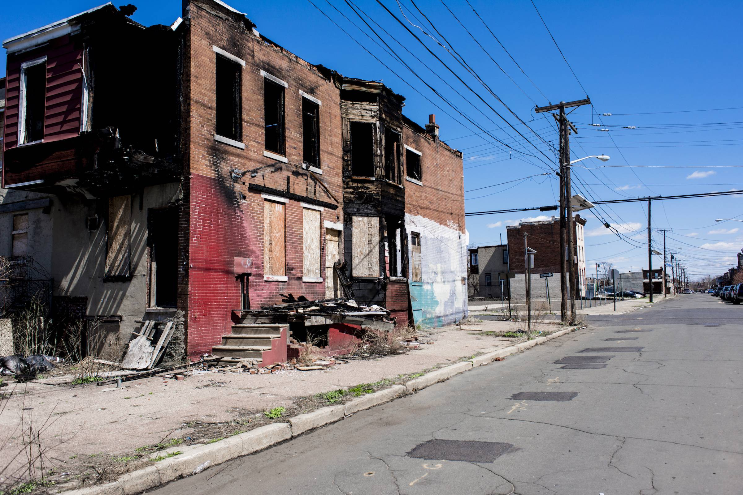 De acuerdo a estadísticas, en el 2013, había cuatro mil estructuras abandonadas en Camden. Foto: Den Sweeney
