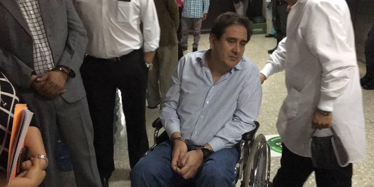 VIDEO. Empresario Gustavo Alejos comparece en silla de ruedas