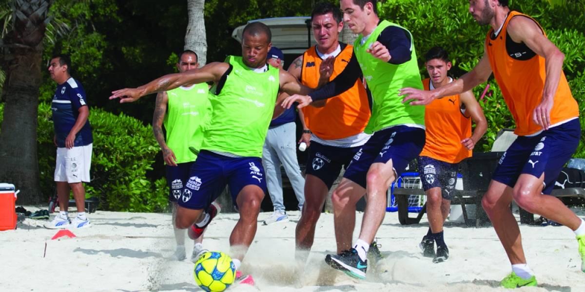Carlos Sánchez está enfocado en Rayados y espera volver a su nivel