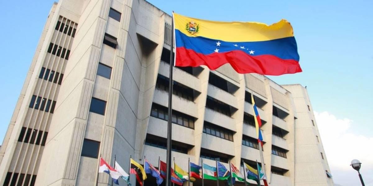 Maduro denuncia ataque en Venezuela