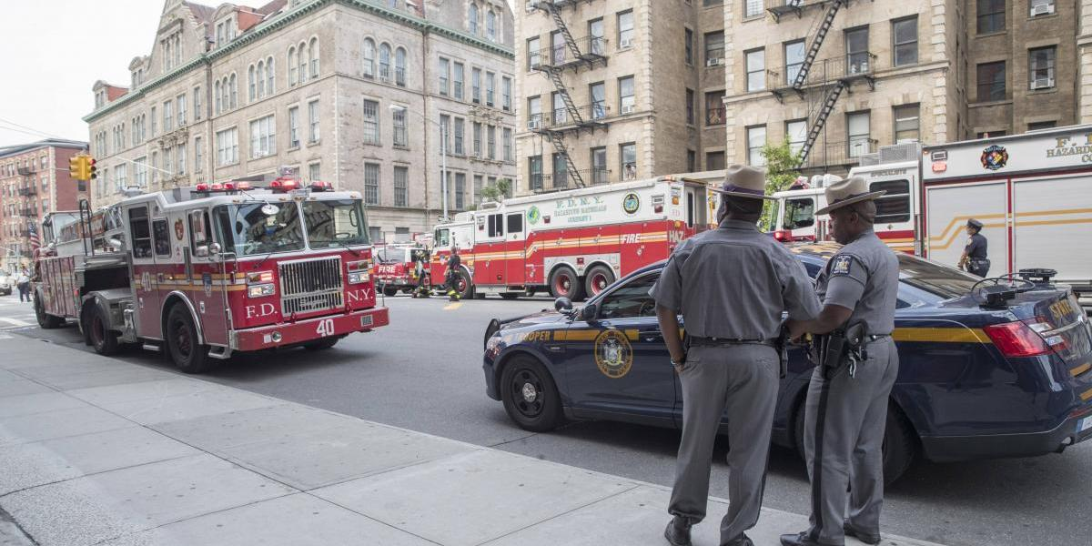 Tres heridos deja descarrilamiento en metro de Nueva York