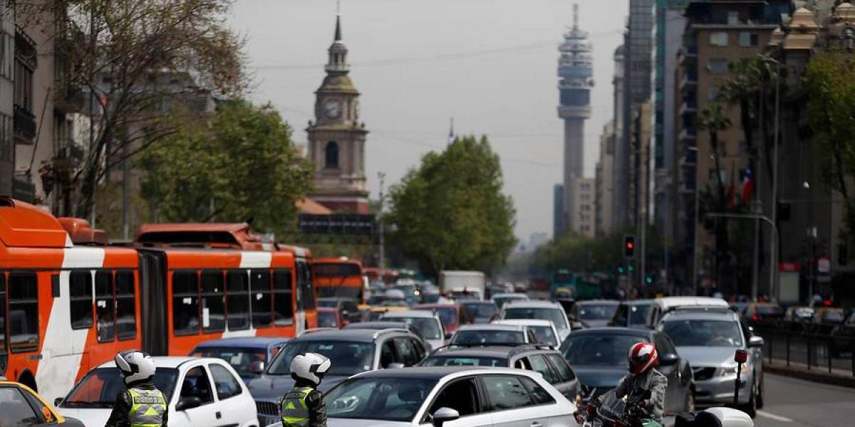 Experto apunta el problema que amenaza con empeorar los tacos en Santiago