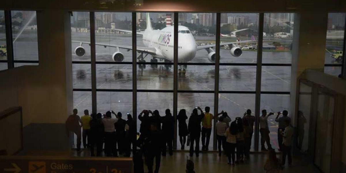 Aerolínea Wamos suspende temporalmente sus operaciones