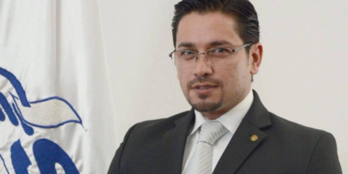 Renuncia Adrián Zapata, Intendente de Asuntos Jurídicos de la SAT