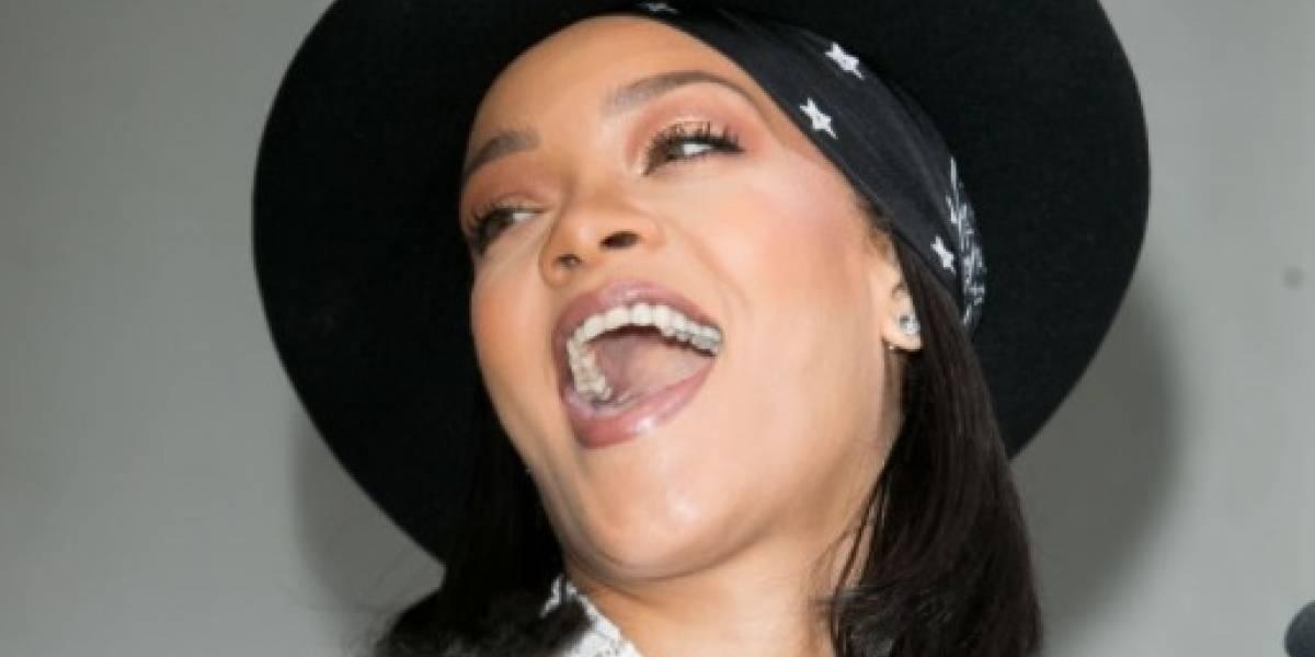 Nombre completo de Rihanna sorprende a sus fans