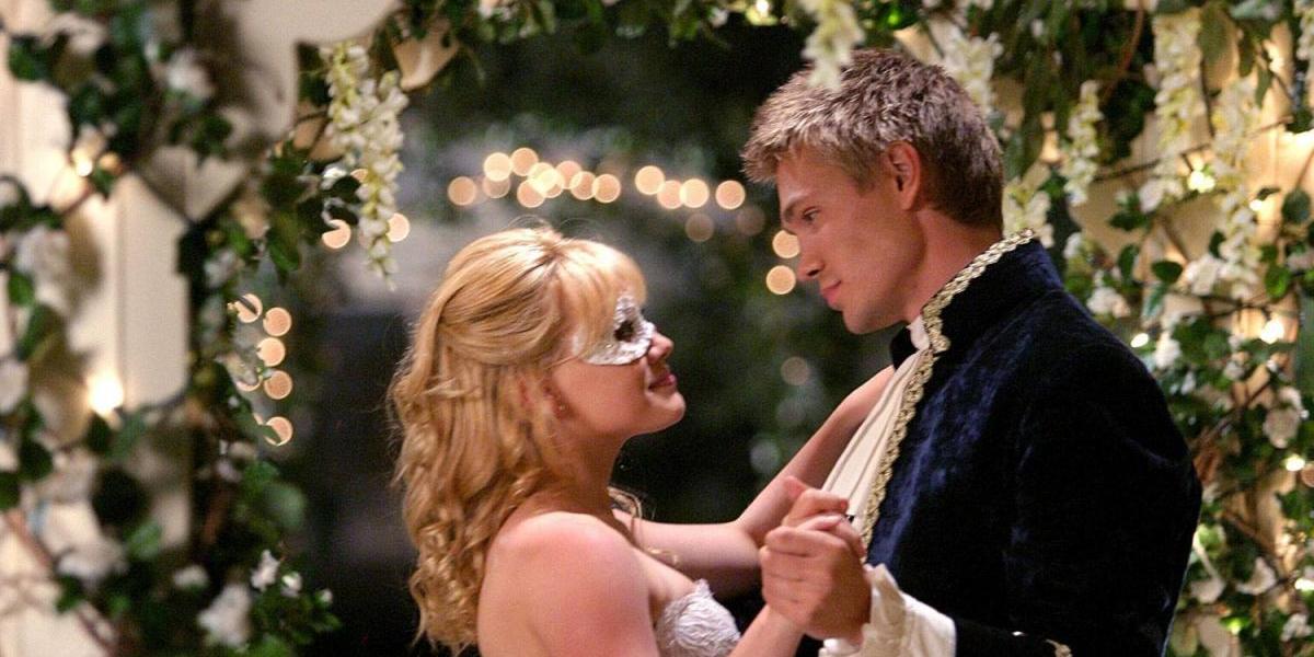 """13 años después, así luce el príncipe azul de """"A Cinderella Story"""""""