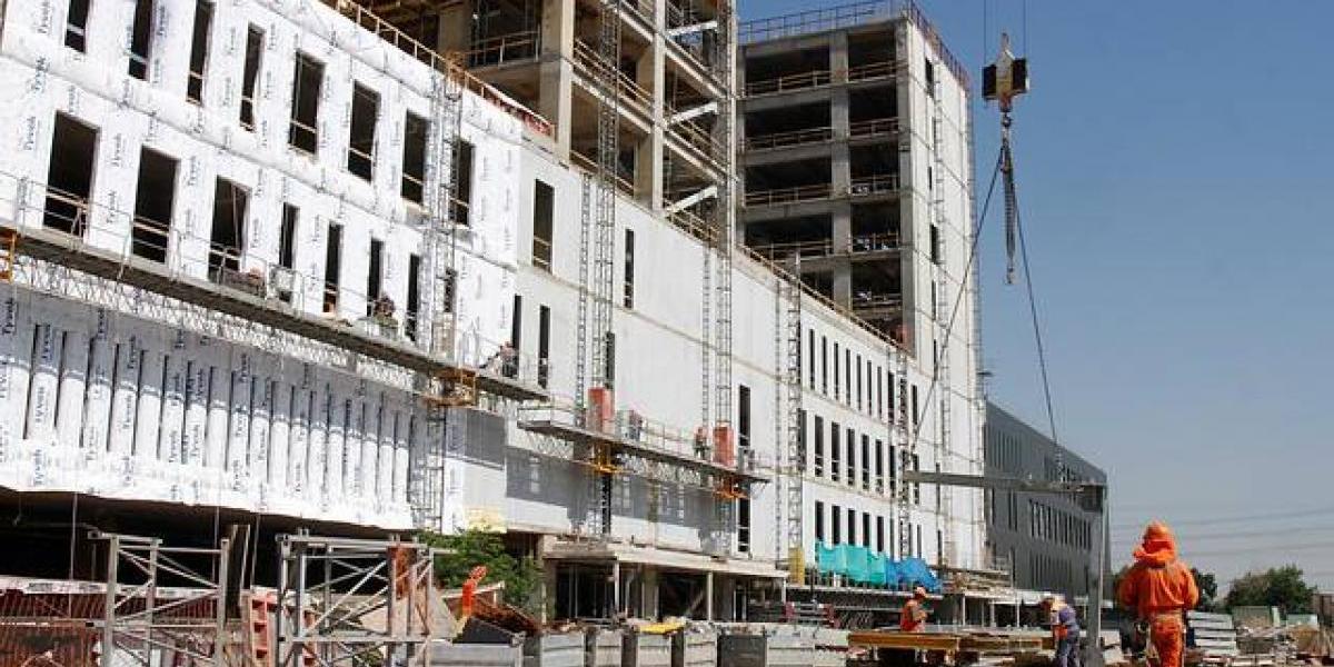 Actividad de la construcción retrocede 4,9% en abril